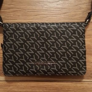 Jones New York wallet crossbody purse
